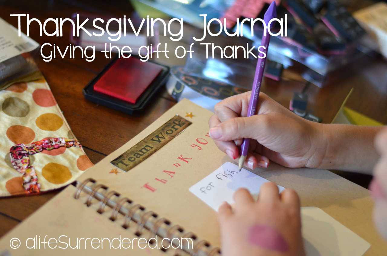 Thanksgiving Journals {A Gift of Thanks}